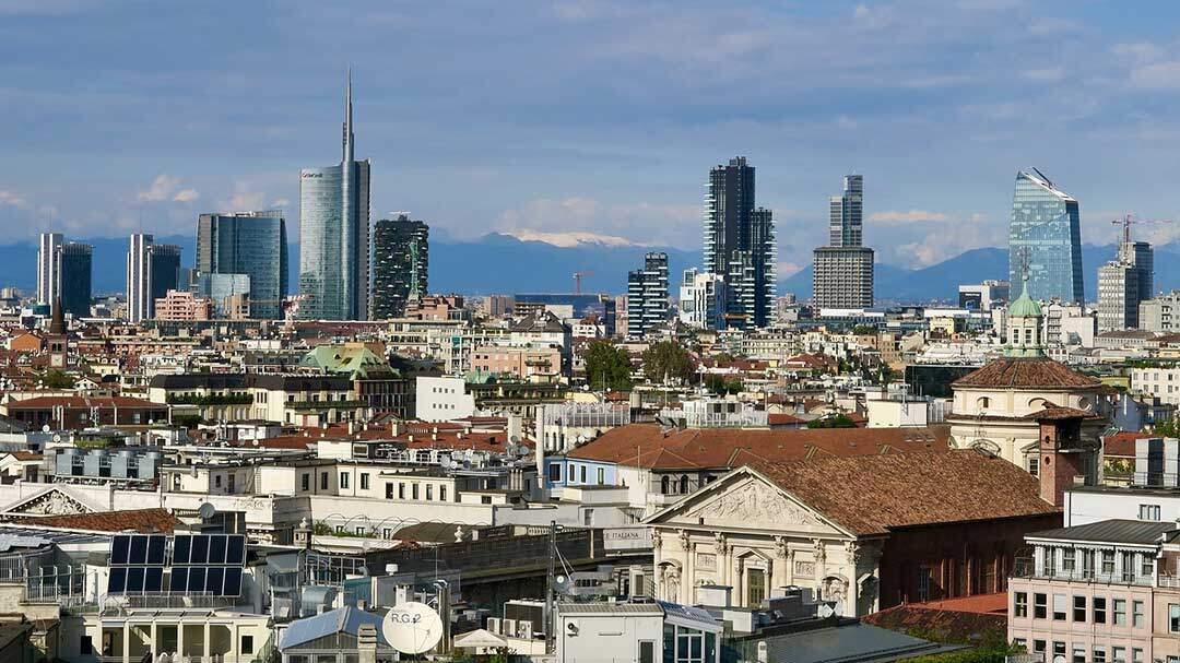 PGIM Real Estate erwirbt drei Logistikimmobilien in Italien